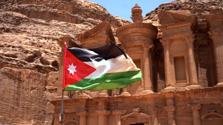 Нужно ли оформлять визу в Иорданию