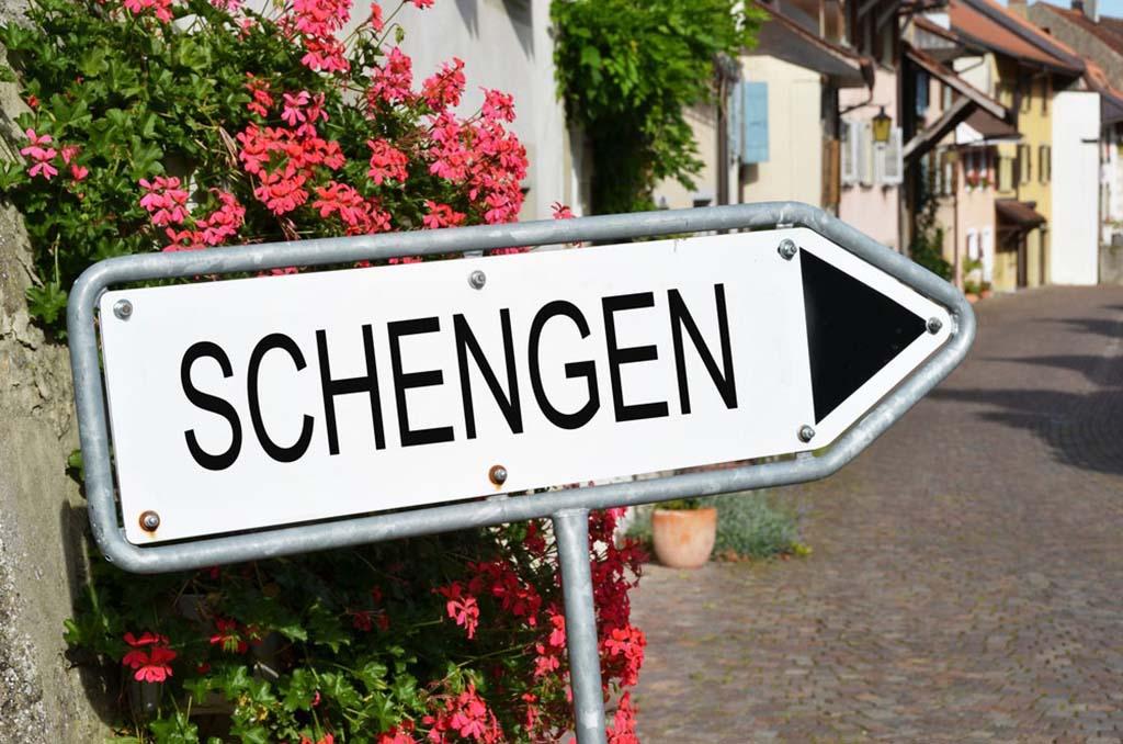 """Шенгенская виза """"90 дней"""": как считать дни по шенгену"""