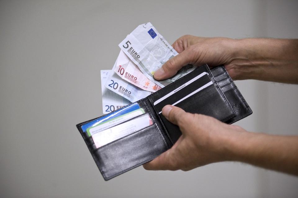 Справка о заработной плате образец для визы